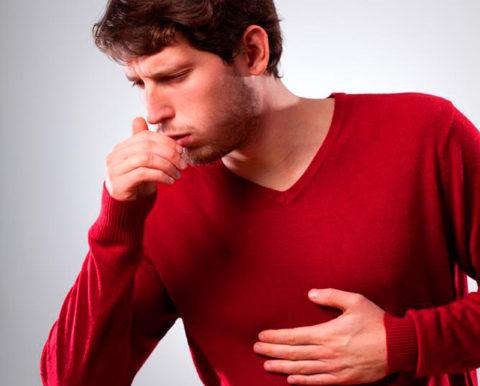 Аллергический кашель без должного лечения может привести к астме.