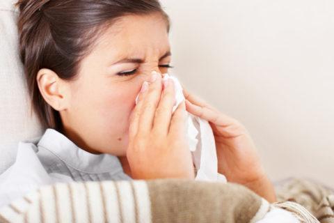 Чихание – первый признак простуды