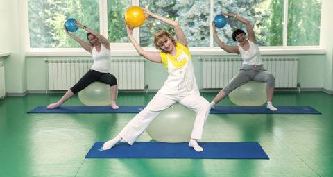 Физические упражнения необходимы в лечении пневмонии