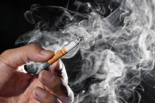 Курение снижает общую сопротивляемость организма.