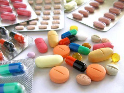 Медикаментозная терапия является основным лечением бронхита