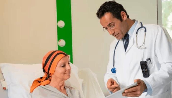 Состояние пациента должно тщательно контролироваться.