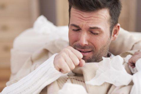 Частый изнуряющий кашель приводит не только к физическим, но и к психологическим страданиям пациента
