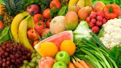 Фрукты и овощи должны составлять основу рациона