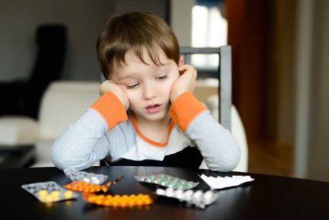 Иммуностимуляторы и витамины применяются в период восстановления.
