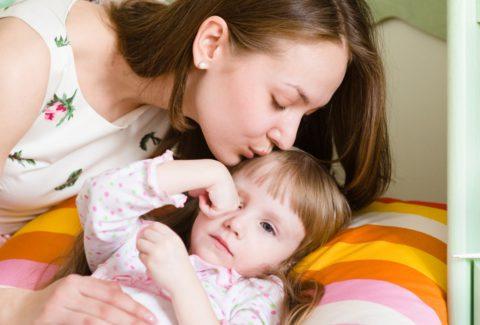 Какие симптомы проявляются у ребенка при пневмонии.