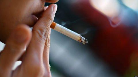 Курильщики сталкиваются с фиброзом чаще, чем лица, не имеющие никотиновой зависимости.
