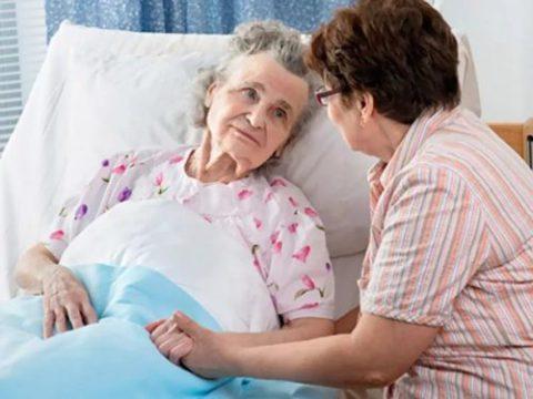 Пневмония для пациентов преклонного возраста крайне опасна.