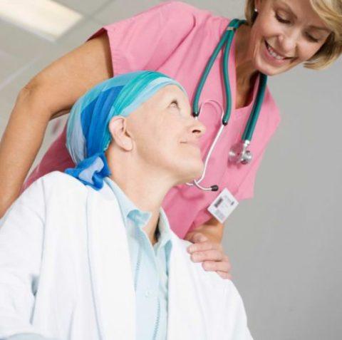 Положительное настроение пациента позволяет повысить эффективность лечения.