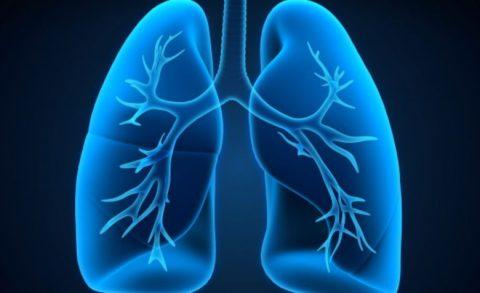 Присутствует вероятность развития серьезных осложнений в виде различных заболеваний легких.