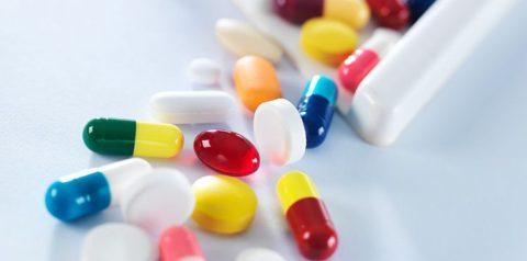 Развитие заболевания на фоне приема некоторых препаратов.