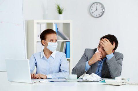 В каких случаях пневмония не опасна для окружающих.
