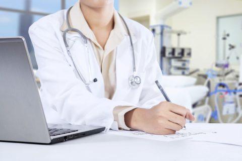Врач должен разъяснить пациенту основные правила поведения в послеоперационном периоде.