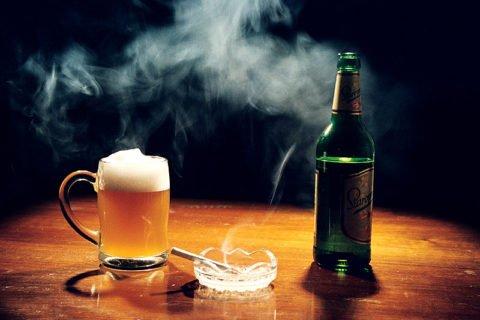 Алкоголь и курение являются первопричинами развития многих патологий в том числе органов дыхания