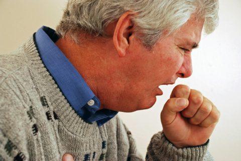 Продолжительный кашель может являться одним из симптомов рака.
