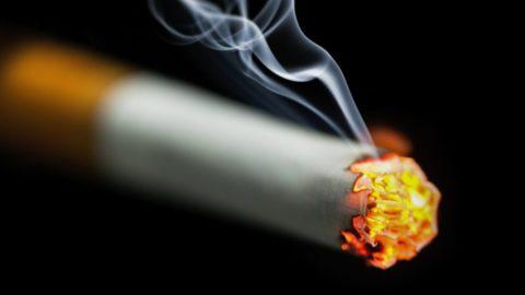 Рак легких и курение уносят множество жизней каждый год.