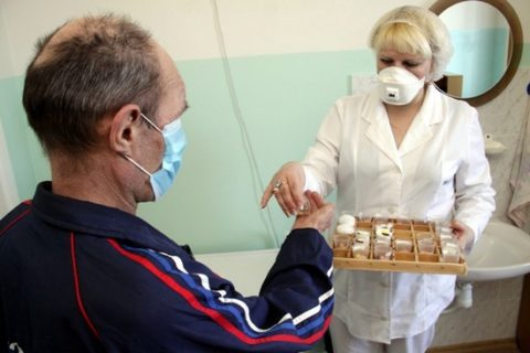 При туберкулезе легких показана госпитализация.