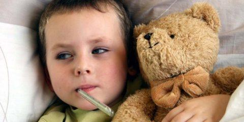Родители должны контролировать температуру тела ребенка