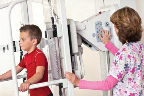Детям до 15 лет процедура противопоказана