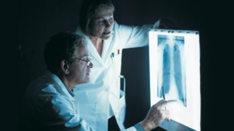 Диагностические мероприятия позволят определить причину патологии и направление терапии.