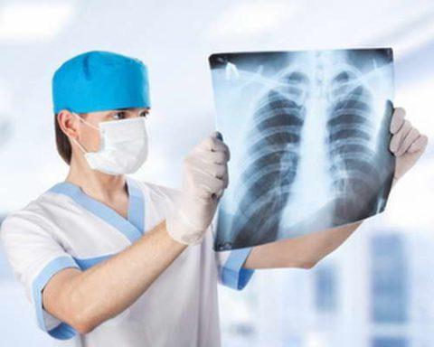 Пульмонолог – специалист, занимающийся патологиями легких.