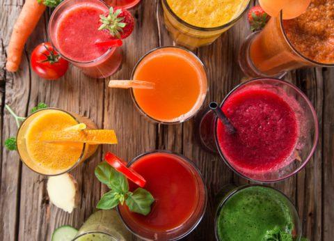 Свежевыжатые овощные соки – это не только полезный и вкусный напиток, но и отличное лекарство против бронхита.