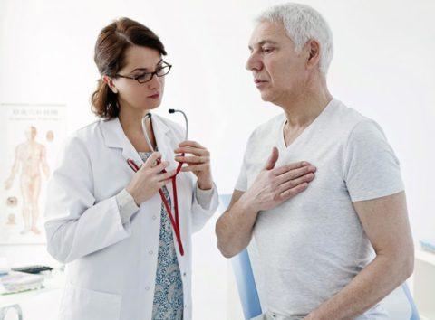 Главными жалобами остаются кашель и боль в грудной клетке