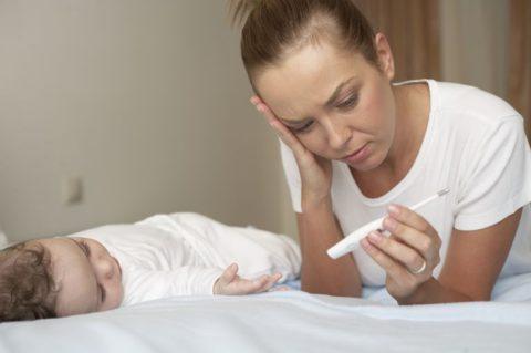 Хламидийное воспаление бронхов у грудничков в большинстве случаев протекает без повышения температуры