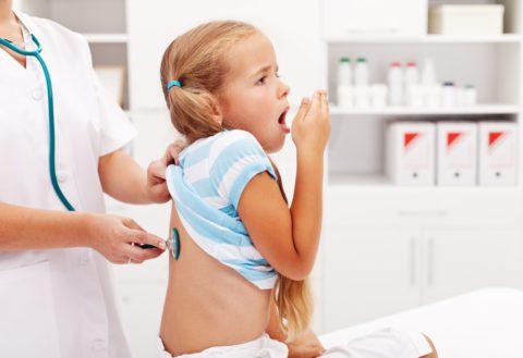 Как отличить симптомы острого бронхита от простуды у ребенка.