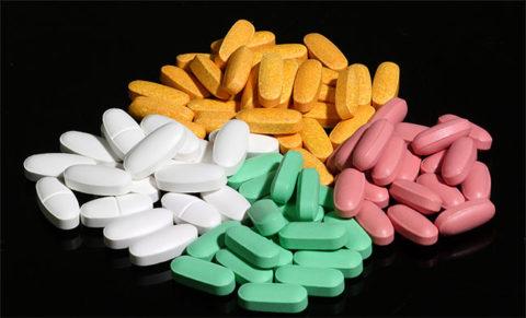 При бронхите используются антибиотики различных групп.
