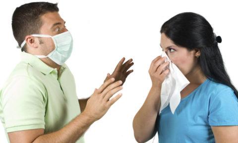 В большинстве случаев пациенты с начальными проявлениями туберкулеза не заразны