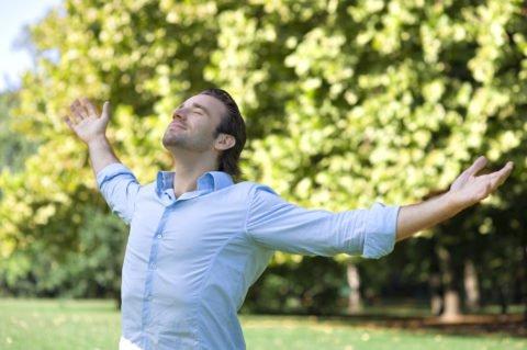 Звуковая гимнастика должна сопровождаться правильным дыханием.