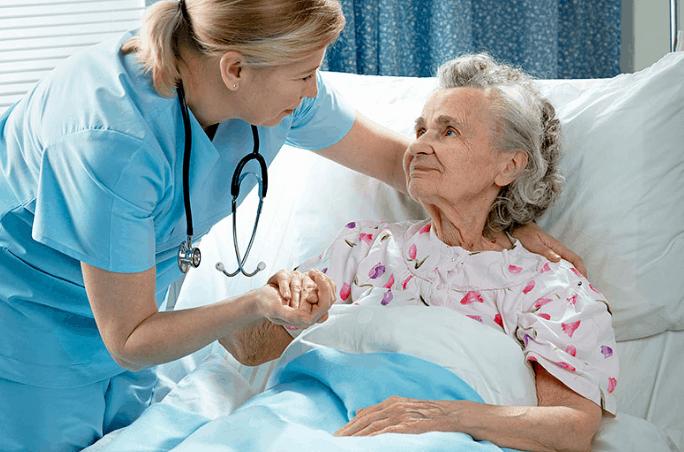 Как предупредить развитие пневмонии у лежачих пациентов.