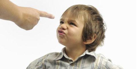 Не следует сравнивать ребенка с другими детьми.