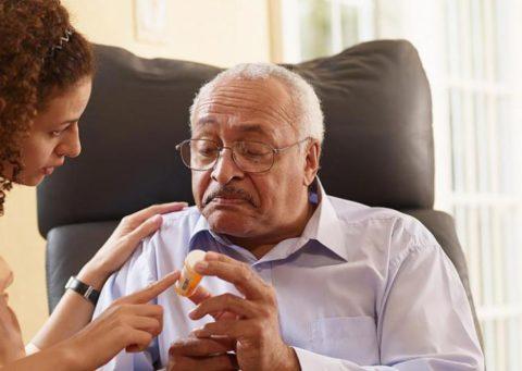 Ознакомление пациента с используемыми препаратами важно для лечения.