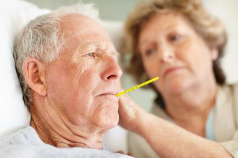 Пожилой возраст — показание для госпитализации при пневмонии