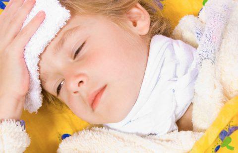 При обструктивном бронхите ребенку трудно дышать