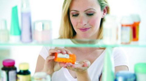 Бесконтрольный прием антибиотиков «скроет» симптомы пневмонии.
