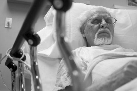 Патология развивается преимущественно у пожилых пациентов.