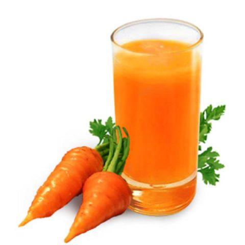 Морковный сок – ценный источник каротинов и витамина С