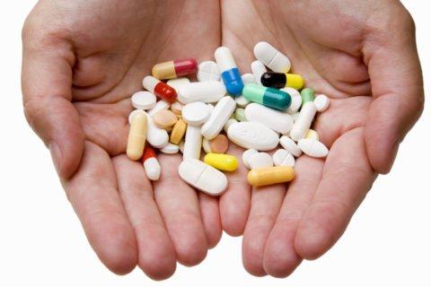 При распадающемся процессе в легком назначается множество лекарственных препаратов.