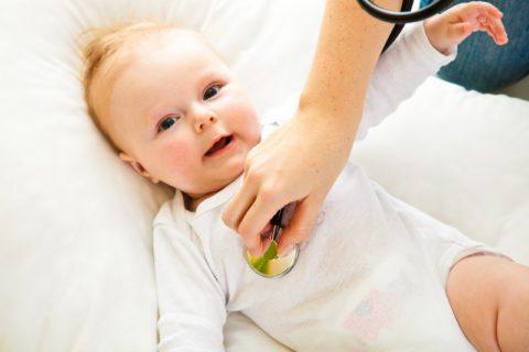 Заболевший младенец